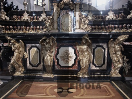 Casale Monferrato Duomo Altare Maggiore Angeli