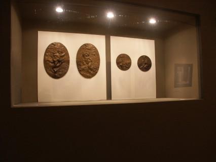 10 Villa Calvi Mostra Scultori Rigola Bronzetti con Putti