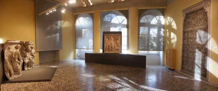 11 Villa Calvi Mostra Scultori Rigola Sala Duomo Milano Gesso Altare e Porta Centrale