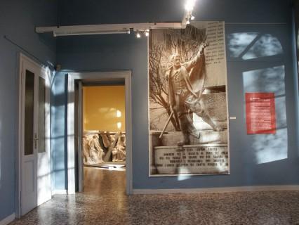 20 Villa Calvi Mostra Scultori Rigola Sala Monumenti Caduti Zogno