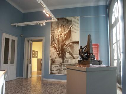 21 Villa Calvi Mostra Scultori Rigola Sala Monumenti Caduti Zogno Bozzetto Bronzeo