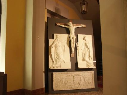 5 Villa Calvi Mostra Scultori Rigola Gesso Altare Collegio de Amicis