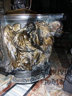 Duomo Milano Base Bronzea Altare Maggiore Angelo 1