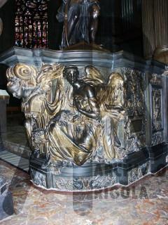 Duomo Milano Base Bronzea Altare Maggiore Angelo 2