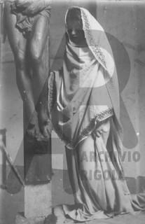 Crocifisso e Modella Rigola