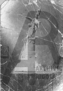 Monumento ai Caduti Angelo con Caduto Bozzetto