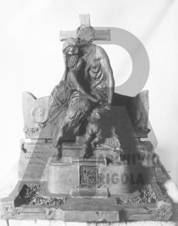 Monumento Funebre Bozzetto per Bronzo Rigola