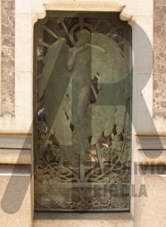 Milano Cimitero Monumentale Rigola Edicola Giudici 1