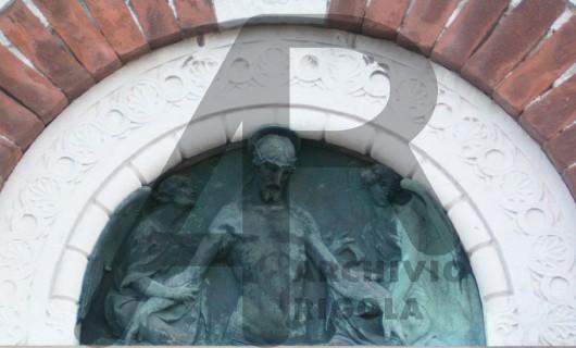 Rigola Scultori Monumenti Funerari Bronzo Deposizione con Angeli