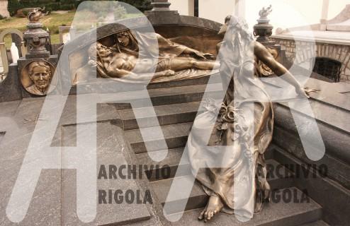 Rigola Scultori Monumenti Funerari Bronzo Deposizione Tomba