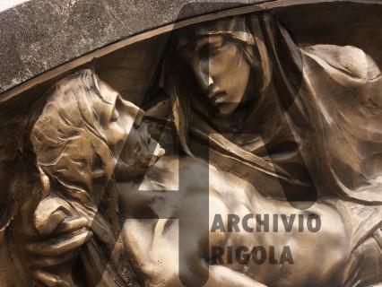 Rigola Scultori Monumenti Funerari Bronzo Deposizione Visi