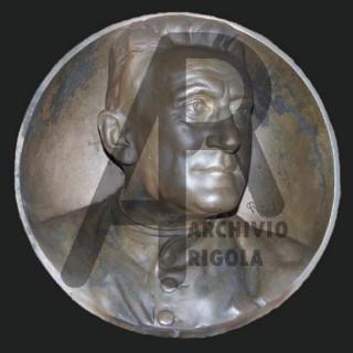 Rigola Scultori Monumenti Funerari Bronzo don Oltolina