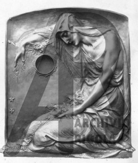 Rigola Scultori Monumenti Funerari Bronzo Donna Inginocchiata