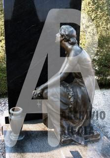 Rigola Scultori Monumenti Funerari Bronzo Donna Tomba