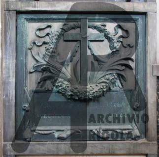 Rigola Scultori Monumenti Funerari Milano Monumentale Bronzo