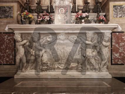 Genova Chiesa del Gesu Altare Sacro Cuore Rigola Marmi Paleni